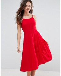 Robe patineuse rouge Boohoo