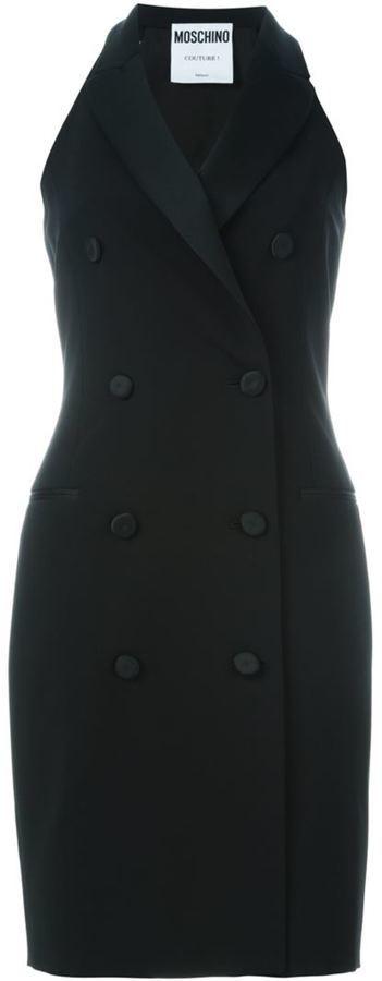 Robe smoking noire Moschino  Où acheter et comment porter 96cc040c8a54