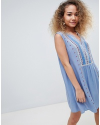 Robe style paysanne brodée bleu clair