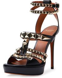 Sandales à talons en cuir à clous noires Givenchy