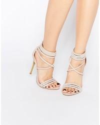Sandales à talons en cuir beiges