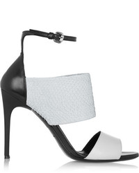 Sandales à talons en cuir blanches et noires MCQ