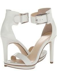 Sandales à talons en cuir blanches