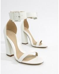 Sandales à talons en cuir blanches Missguided