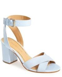 Sandales à talons en cuir bleues claires