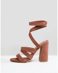 Sandales à talons en cuir brunes ASOS DESIGN