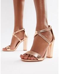 Sandales à talons en cuir dorées Glamorous