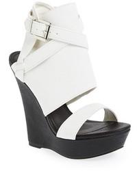 Sandales à talons en cuir épaisses blanches et noires