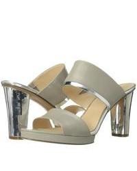 Sandales à talons en cuir grises