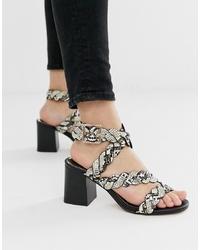 Sandales à talons en cuir imprimées serpent grises River Island