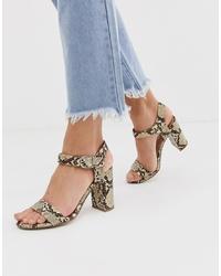 Sandales à talons en cuir imprimées serpent marron clair New Look