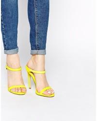 Sandales à talons en cuir jaunes Asos