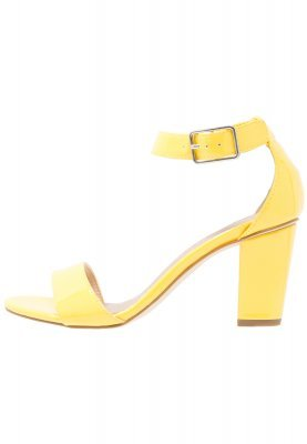 Sandales à talons en cuir jaunes Tamaris