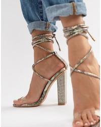 Sandales à talons en cuir ornées transparentes