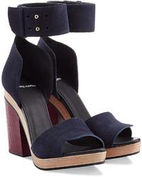 Sandales à talons en daim bleu marine