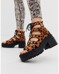 Sandales à talons en daim imprimées léopard tabac ASOS DESIGN