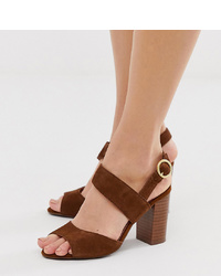 Sandales à talons en daim marron New Look Wide Fit
