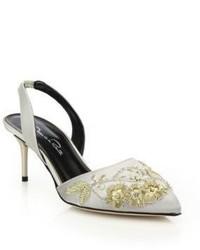 Sandales à talons en satin grises