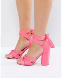 Sandales à talons en satin roses New Look