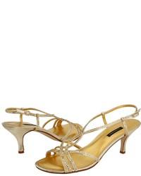 Sandales à talons pailletées dorées