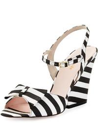 Sandales blanches et noires