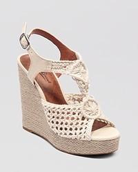 Sandales compensées en crochet blanches