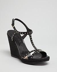 Sandales compensées en cuir à clous noires