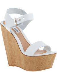 Sandales compensées en cuir blanches