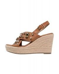 Sandales compensées en cuir brunes claires XTI