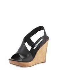 Sandales compensées en cuir noires