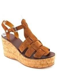 Sandales compensées en daim tabac