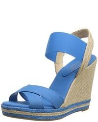 Sandales compensées en toile bleu clair