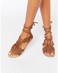 Sandales en cuir déchirées marron Missguided