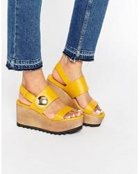 Sandales en cuir jaunes Mango