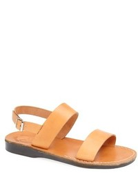 Sandales en cuir marron clair