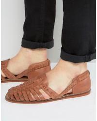 Sandales en cuir tressées marron clair Asos