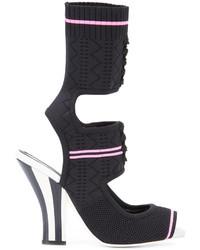 Sandales en dentelle en tricot noires Fendi