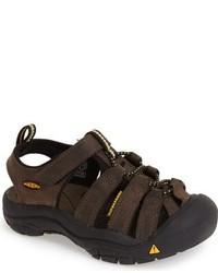Sandales marron foncé