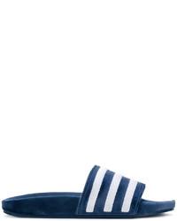 Sandales plates en cuir bleu marine adidas