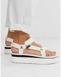 Sandales plates en cuir épaisses blanches Teva
