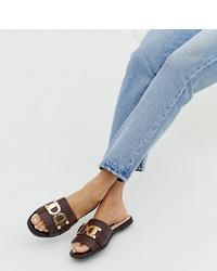 Sandales plates en cuir marron foncé River Island