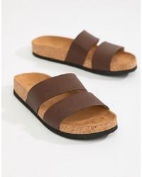 Sandales plates en cuir marron Monki