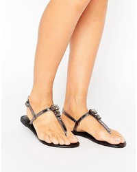 Sandales plates en cuir ornées noires Asos