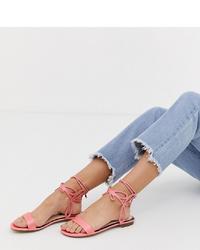 Sandales plates en cuir roses Miss Selfridge