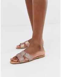 Sandales plates en cuir roses New Look