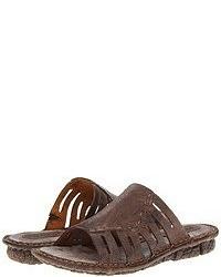 Sandales plates marron foncé