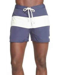 Short à rayures horizontales bleu