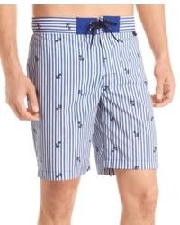 Short à rayures verticales bleu clair
