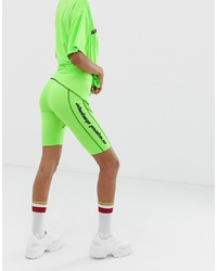Short cycliste chartreuse