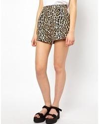 Short imprimé léopard marron clair